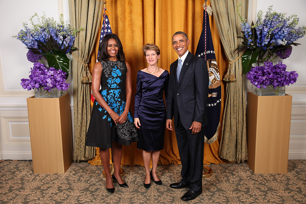 La presidente della Confederazione Simonetta Sommaruga al ricevimento del presidente Barack Obama e la First Lady Michelle Obama presso il New York Palace Hotel (foto: Official White House Photo by Lawrence Jackson)